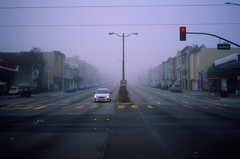 Redlight on Sunday morning (Robert Ogilvie) Tags: contaxt2 contax fog