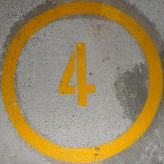 number 4 (Leo Reynolds) Tags: xleol30x 4 four squaredcircle panasonic lumix fz1000 onedigit number xsquarex grouponedigit sqset139 xx2017xx