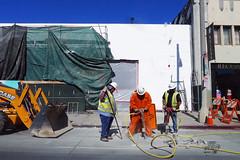 L1100233 (fvillasenor) Tags: variosummicron dlux 5 dlux5 leicadlux5 la workers street tools concrete