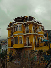 YELLOW (llicela) Tags: yellow valparaiso valpo view street arquitecture casa home cloudy
