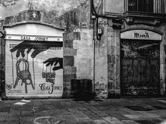 """Casa Jornet"" (Carrer Dels Banys Nous) (giannipaoloziliani) Tags: flickr contrast strong street streetphoto darkness art graffiti angle walls iphone iphonephoto details urbanstreet urban closed windows capture metropolis metropoli europa europe spain streetphotography spagna barcellona barcelona monochrome monocromatico biancoenero blackandwhite casajornet"