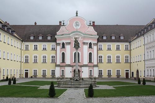 Festsaalbau des Klosters Metten