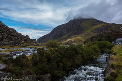 Tryfan (lancscacher) Tags: wales snowdonia landscape scenery water sonyrx100 sony