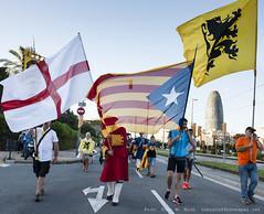 _DSC9255 (Toni M. Micó) Tags: fotoespai barcelona fossar fossardelesmoreres fossarmoreres flandes südtirol vlaanderen bandera flag pancarta banner catalunya independència
