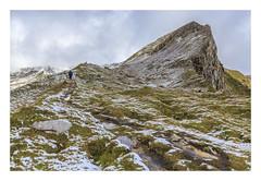 Winter ... in Summer. (Anscheinend) Tags: alpen alpes alps alpi berge mountains montagne austria österreich landscape landschaft paysage paesaggio nature natur hiking trekking wandern camminare snow ice eis schnee peak summit gipfel nebel fog mist dust brume brouillard clouds wolken nebbia bruma niebla hochtal highvalley