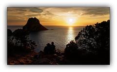 Série: Sunset on Vedra n° 3 (Jean-Louis DUMAS) Tags: sunset sunrise sun sky cie couchédesoleil mer sea waer landscapesdreams landscape paysage nature espagne ibiza ngc