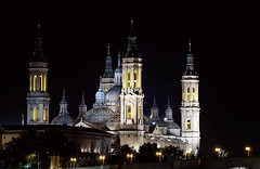 Basilica del Pilar en Zaragoza (Antonio Goya) Tags: zaragoza aragon españa noche night nocturna basilica iglesia church olympus omd microfourthirds micro43 dng xataca dzoom