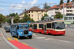 2017-08-20, Zürich, Burgwies (Fototak) Tags: autobus saurer vbz bus zürich forchbahn tmz fb stadler sbahn s18 9 71 treno railway train schmalspurbahn