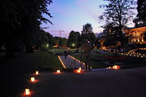 "Museumsnacht Kiel (35) Schlossgarten • <a style=""font-size:0.8em;"" href=""http://www.flickr.com/photos/69570948@N04/36217455153/"" target=""_blank"">View on Flickr</a>"