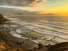 Inspiración (40sk8.com) Tags: sunrise marcantábrico barrika cantábrico puestadesol atardecer
