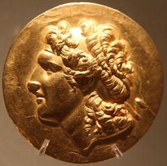 Alexander The Great (richardr) Tags: alexander gold coin greek circle face male man museucaloustegulbenkian museu museum gulbenkian lisbon lisboa portugal portuguese portuguesa europe european old city history heritage historic alexanderthegreat squircle