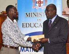 440 SCHOLARSHIPS AWARDED TO STEM STUDENT TEACHERS