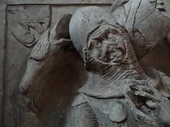 ca. 1345-1350 - 'knight, probably Werner Falk(e) (Falcke) von Munsweiler (+after 1333)', Église Notre-Dame de l'Assomption, Rouffach, dép. Haut-Rhin, France (RO EL (Roel Renmans)) Tags: 1340 1345 1350 knight ritter ridder chevalier caballero cavaliere werner falk falke falcke rouffach elzas alsace elzass church église kirche kerk iglesia armor armure armour harnas harnisch rüstung armadura armatura bascinet bacinet camail aventail coatofplates plattenrock hauberk kettenhemd cotte de mailles vervelles heaume great helm helmet topfhelm gran yelmo poleyn surcotte surcoat wappenrock waffenkleid waffenrock mamelieres chain ketten sword dagger notre dame l assomption tomb effigy tombeau grabmal efigie grafbeeld crest cimier zimier