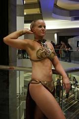 DC31 - 0353 - Day 0 (Photography by J Krolak) Tags: dragoncon2017 dragoncon31 day0 precon costume cosplay masquerade atlanta ga usa starwars leia leiasmetalbikini slaveleia princessleia