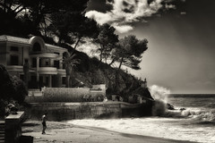 Kboom 2 (Alfred Grupstra) Tags: blackandwhite sea beach outdoors coastline old monochrome water architecture famousplace people history traveldestinations nature travellocations nopeople storm travel scenics sky