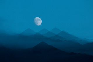 Moonrise at Manali