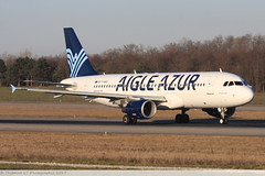 Airbus A320 -214 AIGLE AZUR F-HBIS 3136 Mulhouse décembre 2015 (Thibaud.S.Photographie) Tags: airbus a320 214 aigle azur fhbis 3136 mulhouse décembre 2015