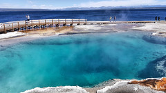 20160911_132051_1 (pleroma_4_all) Tags: yellowstone yellowstonenationalpark oldfaithful nature zen beauty naturebeauty landscapes nationalparks usa wyoming wolves bears bison buffalo foxes mountains hiking outdoors grandteton tetons geysers grandprismatic springs