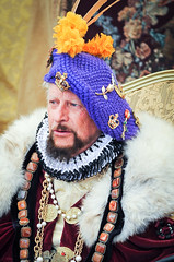 Royalty (GazerStudios) Tags: scottish hats men purple costumes royalty tudor beards celtic berets livinghistory renprod crochet renaissance liverlycollar fur ruffs duke king feathers 16thcentury historicalreenactment portraits 55300mm nikond90