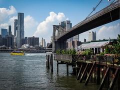 Brooklyn Bridge, New York (pàmies photo) Tags: artwork photo photography artisticphoto artisticphotography summer holidays travelphotography travelling travel cloudscape clouds landscape skyline skyscape skyview bluesky sky brooklyn brooklynbridge manhattan newyorkcity newyork