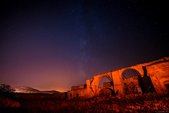 Bañuelos farmhouse (2) (jesbert) Tags: sony a7rm2 irix 15mm milky way via lactea noche cielo