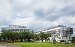 The facade of Toyo University, Akabanedai (東洋大学 赤羽台キャンパス). (christinayan01 (busy)) Tags: building architecture perspective kengo kuma univer university campus tokyo japan