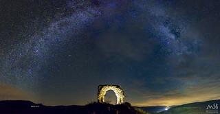 Milky Way over Areny de Noguera Castle_Agosto 2017