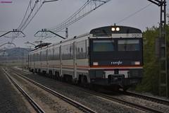 470 (firedmanager) Tags: renfe renfeoperadora railtransport ferrocarril tren train trena 470 mediadistancia regionalexpres regional caf automotor