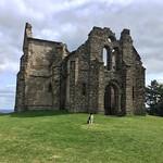 On se croirait en Irlande! 🐶 #hautevienne #hautevienne87 #montgargan #chapel #altitude #tourism #grass #green #stones #mountain #dog #bordercollie thumbnail