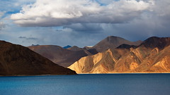 Pangong lake (antony5112) Tags: india kashmir ladakh lake pangong pangonglake pangongtso clouds sunset water mountains ruby10 ruby15 ruby20