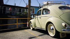 Beetle off Broadway (Eric Flexyourhead) Tags: vancouver canada britishcolumbia bc mountpleasant eastvan city urban german volkswagen vw beetle typei käfer vintage retro classic 169 sonyalphaa7 zeisssonnartfe35mmf28za zeiss 35mmf28