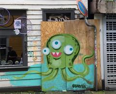Octopus (svennevenn) Tags: barnslig octopi octopus blekksprut gatekunst streetart bergen