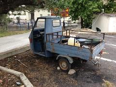 3 wheeler Greece (jonathonbennett8631) Tags: 3wheeler greece garage maintain mot no wheels fix colour iphone 6
