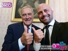 Foto in Pegno n° 2485 (Luca Abete ONEphotoONEday) Tags: senato presidente piero grasso selfie istituzionale istituzioni stato repubblica italia 2485 19 settembre 2017
