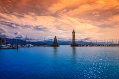 L'entrée portuaire de Lindau (Yarin Asanth) Tags: clouds lakeconstance orange blue island lindau gmichael yarinasanth gerdkozik gerdkozikphotography gerd kozik yarin asanth yarinasanthphotography gerdmichaelkozik gerdkozikfotografie