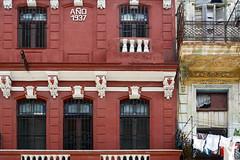 Año 1937 (emerge13) Tags: architecturaldetails architecturalheritage architecture centrohabanacuba habana havana havane streetlife streets people 1937 candid windows