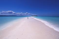 Running (♫♪♭Enricodot ♫♪♭ an apple a day....) Tags: enricodot beach island runner running sea seaside water