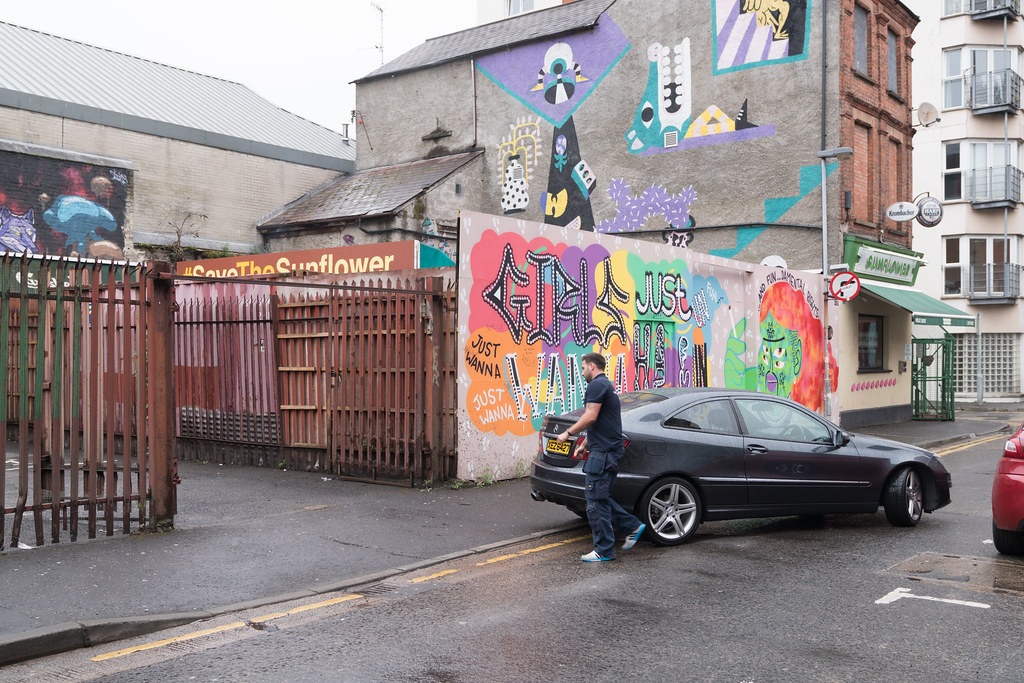 EXAMPLES OF URBAN CULTURE IN BELFAST [STREET ART AND GRAFFITI]-132913