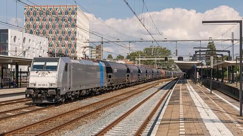 Gouda LTE 186 298 met graantrein naar Europoort