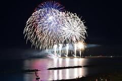 Buon Ferragosto a tutti !!! (luporosso) Tags: fuochiartificiali firework fireworks riflesso riflessi reflection reflections reflexo reflexes civitanovamarche marche italia ferragosto buonferragosto ferragosto2017 auguri