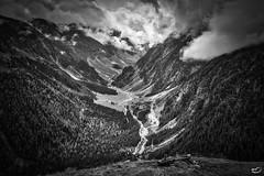 Gleirschtal (art180) Tags: alpen art180 aussicht bedeckt fluss hang hänge steil tal tief tirol utal weite wolken österreich at sankt sigmund glairsch hdr schwarzweiss monochrom trogtal gletscher abfallend austria tyrol valley slopes steep glacier landscape alps sellraintal