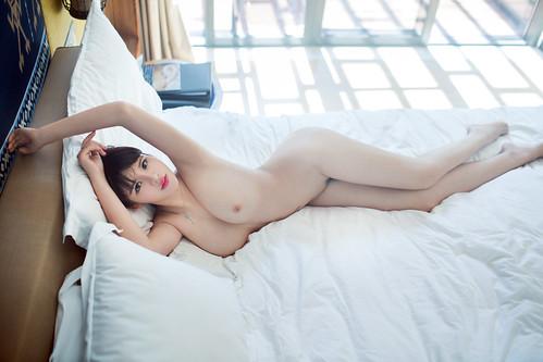 王依萌_27
