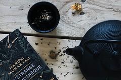 (marina.boissiere) Tags: slowliving slowlife minimal decor houselife home teaandbook tea enjoyreading reading book