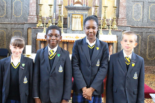 Sophia deputy headgirl Joy headboy Shula headgirl Maciej deputy heady boy left to right