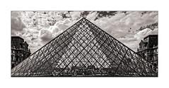 Pyramide du Louvre (jldum) Tags: paris pyramide louvre architecture architect architecte lines batiment building hdr noiretblanc nb bw noireetblanc blackandwhite sony