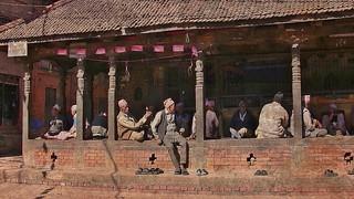 NEPAL , Bhaktapur, Tempel , Pagoden usw. , Straßenszenen, 16393/8702