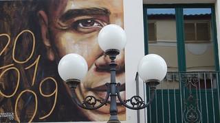Murales-lampione-finestra