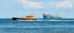Estuary Elan and the Maersk Connector (DR) (philbarnes4) Tags: maerskconnector cablelaying philbarnes dslr nikon5500 boat ship utility workboat evening ramsgate thanet kent england uk seascape electricity power