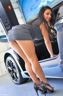 sexy car model - Beautiful cars wallpapers free download