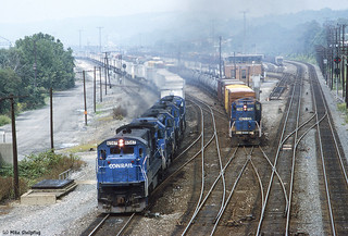 Conrail 6567 East Conway